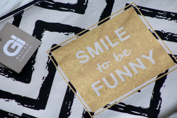 "Kosmetiktasche ""Smile to be funny"""